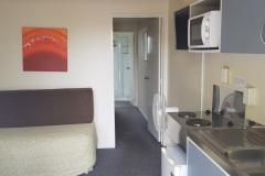 Motel-4